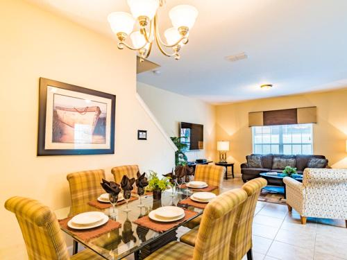 Coco Palm Townhome 8951