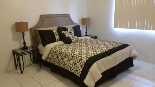 美麗公寓- 帶2間臥室和浴缸Beautiful 2 bedroom 1 bath