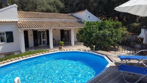 Villa Lentzos
