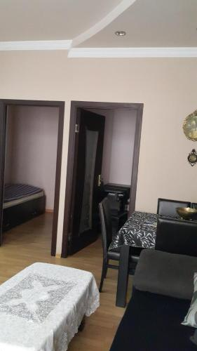 Апартаменты Натия на Казбеги 11