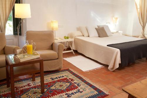 Habitación Doble Estándar Hotel la Plaça Madremanya 5