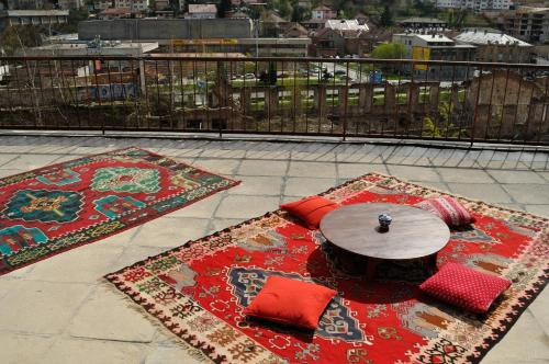 Apartment Rooftop Oasis