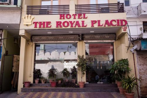 Hotel The Royal Placid