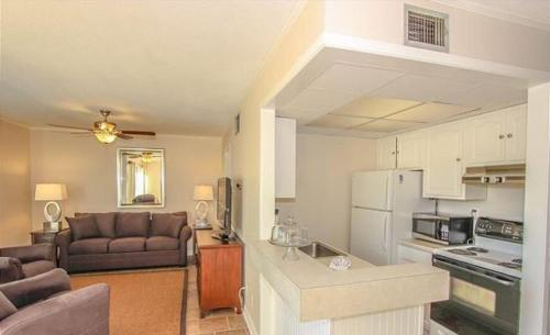 More about Gulf Shore Condo 775