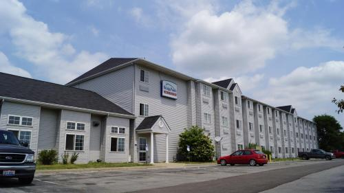 Bridgepointe Inn & Suites Toledo-perrysburg-rossford-oregon-maumee By Hollywood Casino
