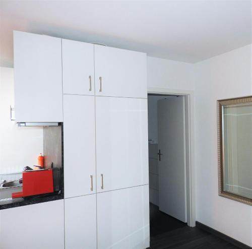 city apartments inside. photo INSIDE FIVE  City Apartments Zurich Switzerland Overview