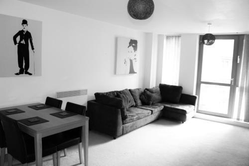 ROC Apartments - Quartz