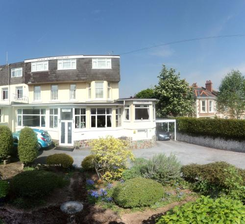 Photo of Aveland House Babbacombe Hotel Bed and Breakfast Accommodation in Torquay Devon