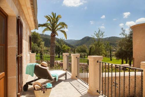 Habitación Doble Deluxe con balcón Castell Son Claret 5