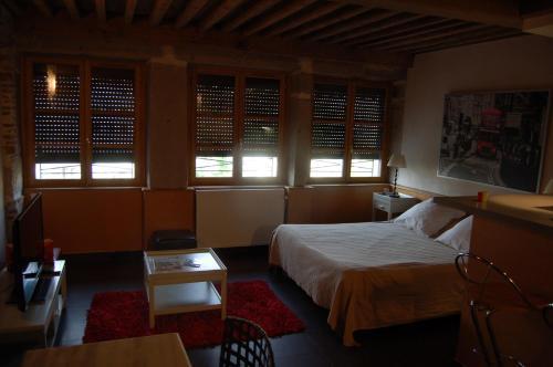 Отель Hotel de la Tour 1 звезда Франция