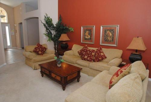 Four-Bedrooom Holiday Home - Separate living room Richmond Digs 140