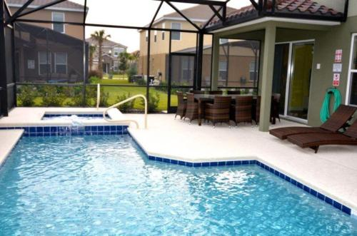 Swimming pool Oaktree Layaway 4191