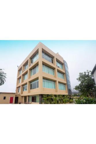 Отель Vista Rooms at Lonavla 3 звезды Индия