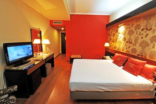 Отель Hotel Lara 3 звезды Португалия