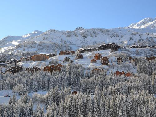 Comfortable Apartment located in Meribel with Balcony