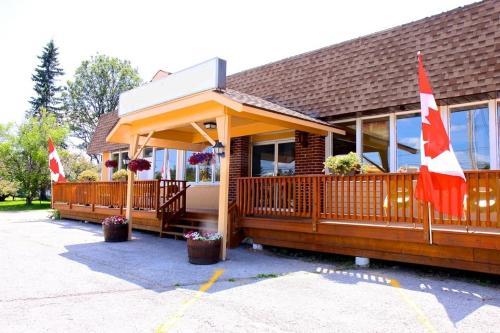 Mazinaw Inn Motel