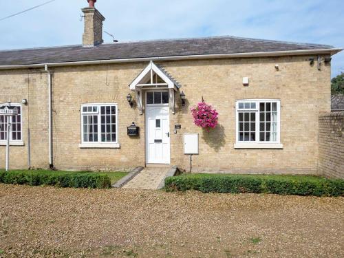 Henry'S Cottage