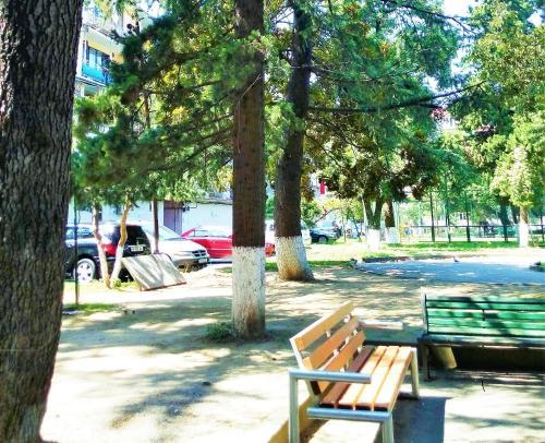 Апартаменты Near Lake Park