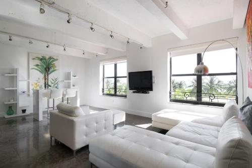 Two-Bedroom Apartment - Ocean Drive II