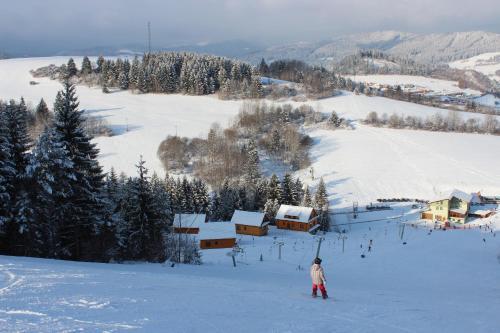 Chaty Hldočín, Uhliská, Ostražica, Zmrazov