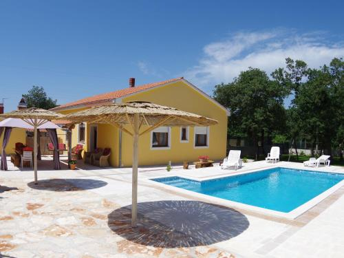 Holiday home Oliva 2