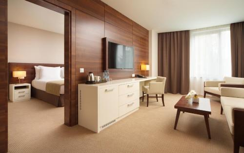 Stay at Parklane Resort and SPA