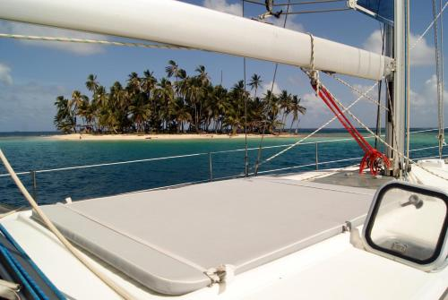 Sail San Blas on Cinco - 5 Oceans Experience