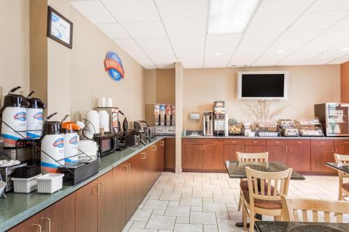 Baymont Inn & Suites Asheville/Biltmore