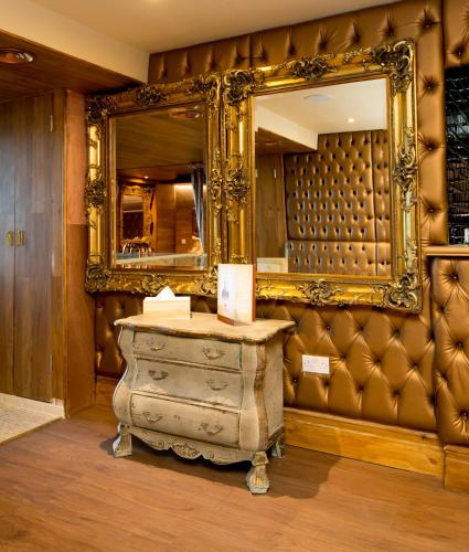 Property Image#99 Signature Living At Shankly Hotel