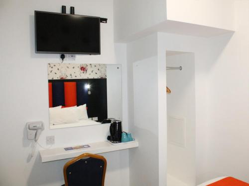 Euro Lodge Clapham - image 8