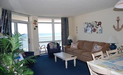 Bay Watch Resort M. 1012