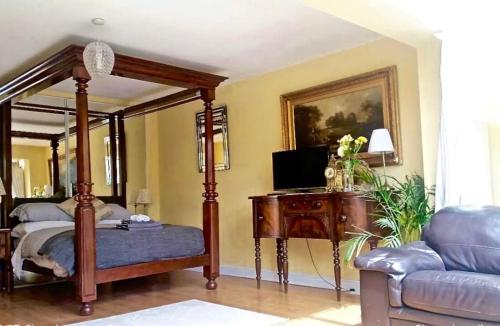 Lynbrook Grove Guesthouse