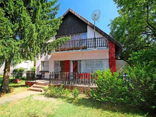 Holiday Home Balaton H2055