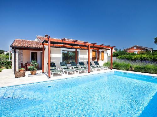 Holiday Home Casa Koralina