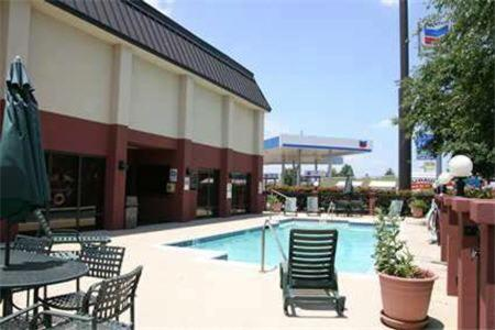 Baymont Inn & Suites-Lewisville