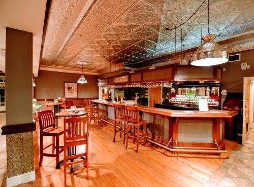 Burleigh Falls Inn