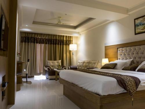 Yolo Rooms Rajiv Gandhi Education City Sonipat