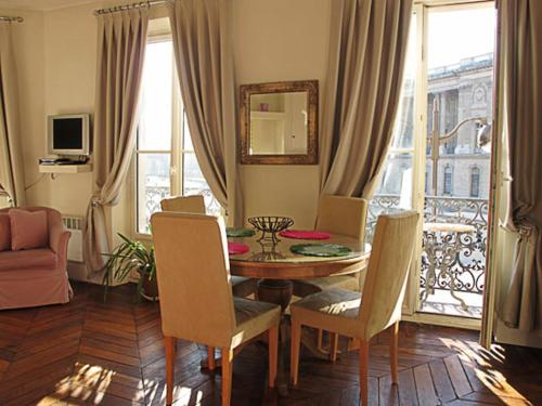 Louvre Rivoli Apartment