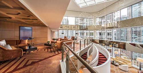 5 starts hotel in Chicago