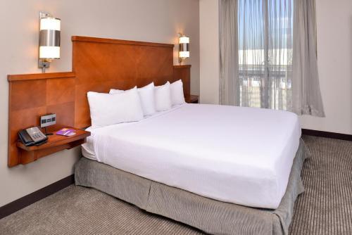 hyatt garden city. Hyatt Place Garden City Hotel I