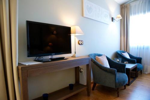 Suite Hotel Villa Monter 3