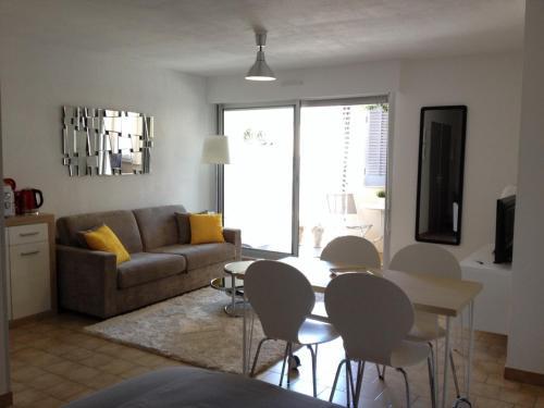 Apartment Rue Romain Rolland