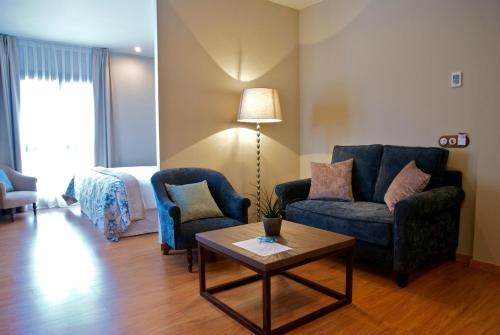 Suite Hotel Villa Monter 6