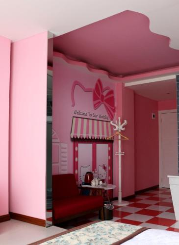 Hello Kitty Themed Double Room