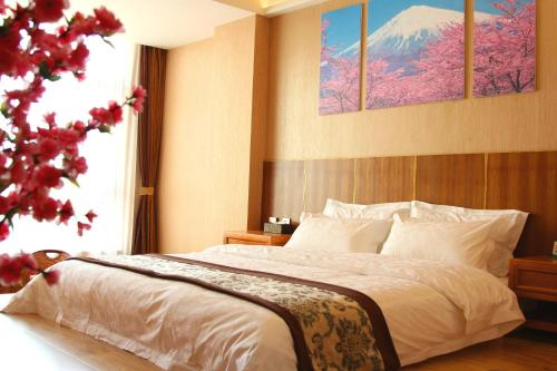 Sakura Themed Double Room