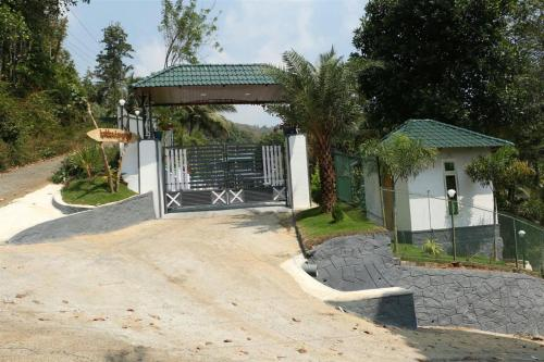 Kakkadampoyil Resorts