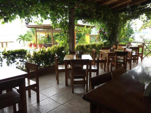 Hotel y Restaurante El Muelle