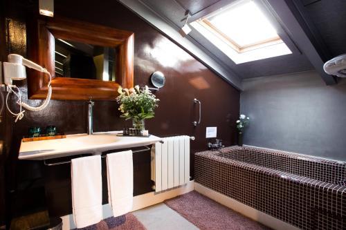 Suite Hotel Cardamomo Siguenza 8