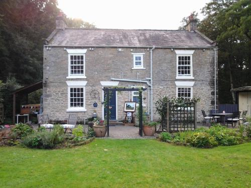 Lowther House (Bed and Breakfast)