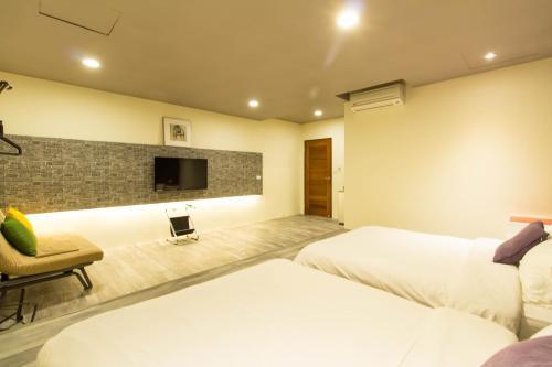 hotels near luodong night market yilan best hotel rates near rh agoda com